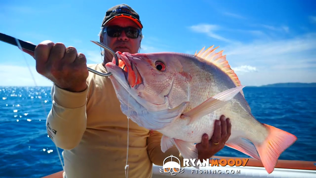 Catching big red fish on Wonky Holes - inside the Great Barrier Reef Australia