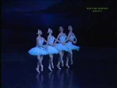 Hungarian National Ballet Company 4 Little Swans - Swan Lake - Hattyúk tava