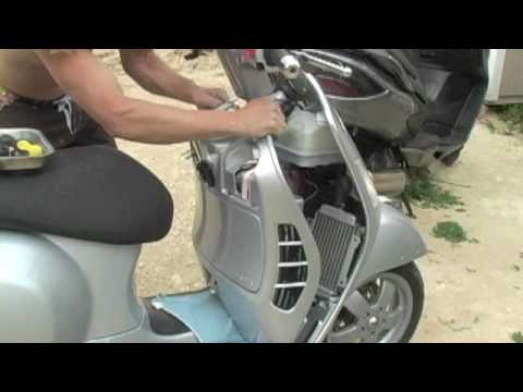 vespa glove box removal gt gts gtv gt60 super 125 200 250 300 | micbergsma  - youtube
