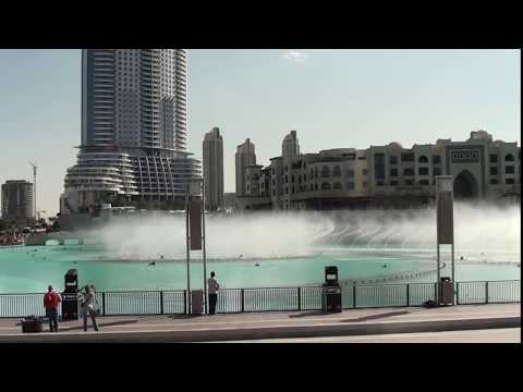 DUBAI MALL WATER FOUNTAIN SHOW - World's largest dancing fountain