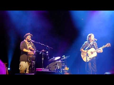 1000 Things - Jason Mraz + Toca Rivera - Live in Sydney 2011