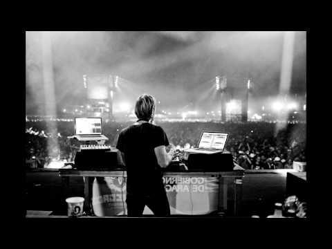 Airplane, Pete Tong, Sasha & Richie Hawtin Essential mix 2010 04 24