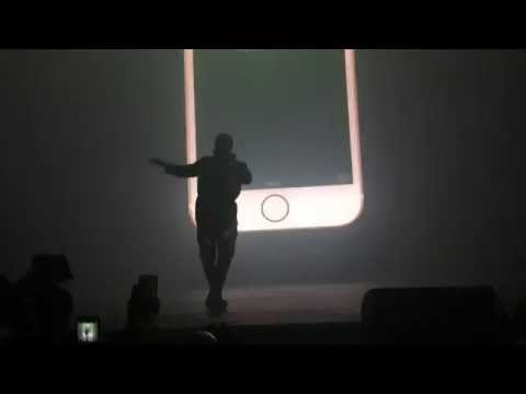Drake - Charged Up/Back to Back Live at OVO Fest (Meek Mill Diss)
