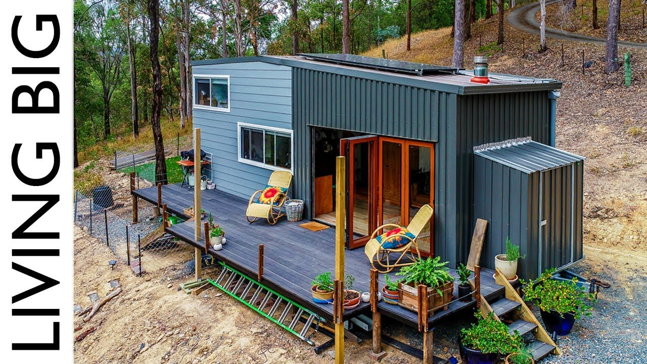 Spacious Diy Off The Grid Tiny House Youtube