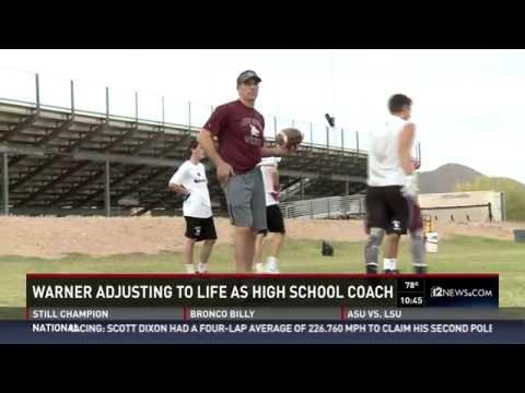 Kurt Warner returns to football, as high school coach