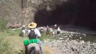 Cabalgata en san cristobal de la barranca rio Juchipila