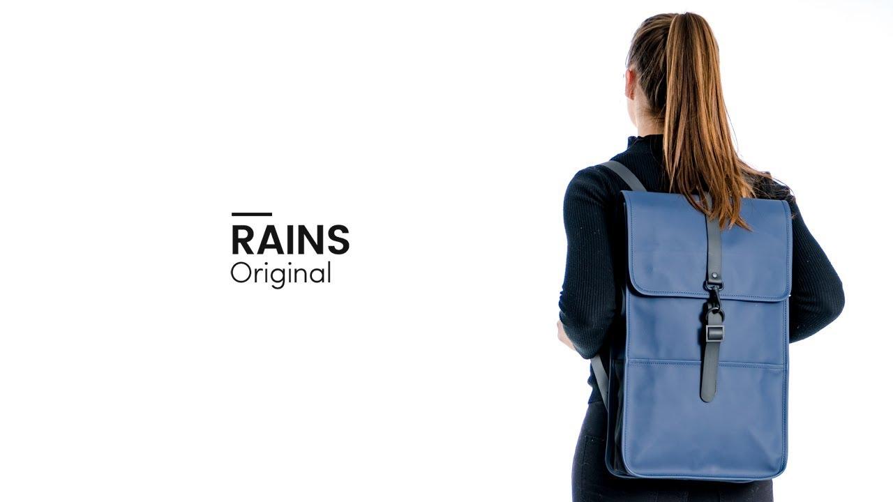 2b9bfa7655a Rains Original Backpack - Bagageonline - YouTube