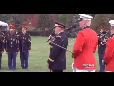 General Martin Dempsey sings 'Parting Glass' at his retirement ceremony