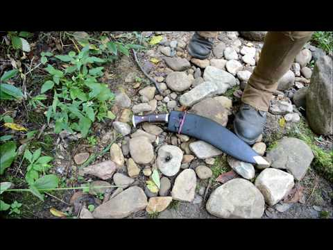 How to Start a Fire With a Kukri