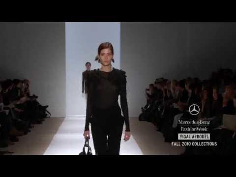 YIGAL AZROUEL - Mercedes-Benz Fashion Week - Fall 2010 (Outono) - New York.avi