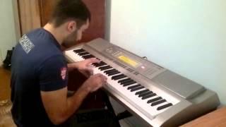 из кф бригада (на пианино)