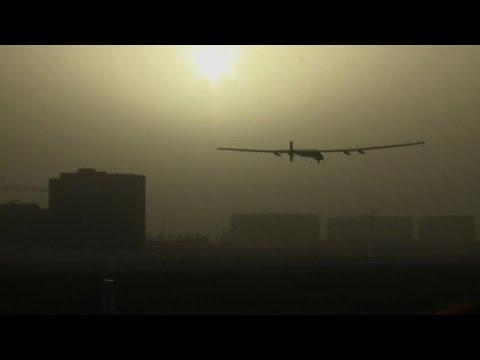 Solar Impulse 2 a décollé d'Abou Dhabi pour un tour du monde