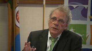 Smallholder agriculture: strengths, challenges & trends J.D. van der Ploeg, Wageningen University