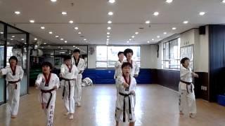 Taekwondo aerobics shy boy geumtae practice