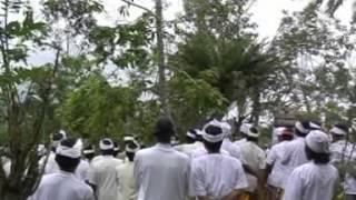 Repeat youtube video Nangiang Barong