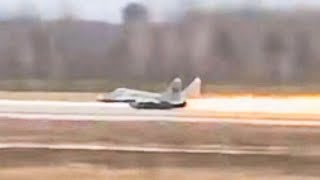 Fighter Jet Takes Off Without Landing Gear