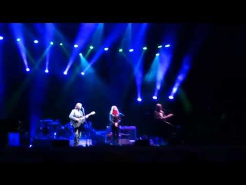 Jackson Browne with Larry Campbell and Teresa Williams, My Opening Farewell, Fayetteville, 2015