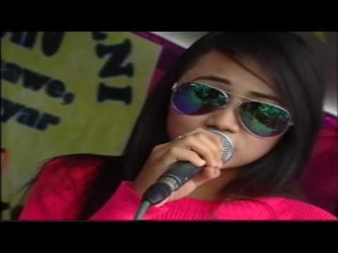 Nita Savana OM AREVA Pantai Klayar live Dondong Mojogedang
