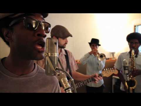 Aloe Blacc - Loving You Is Killing Me (Live in Studio)