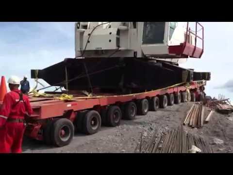 מנוף ענק נופל ממוביל crane accdient