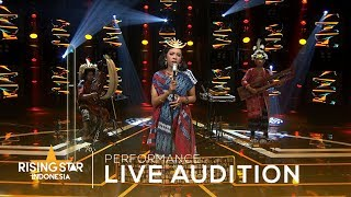 "SAS ""God Is A Woman"" 