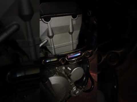 【バイク】dトラッカー250 エンジン異音? タペット音?【教えてください】