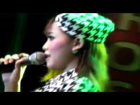 Reni Ananta   Loro Ati   The Rosta Live Kanigoro Blitar 2017 Mp3