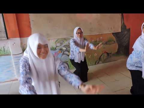 TARI INDIA DANCE PE CHANCE SMA NEGERI 1 LAWE SIGALA GALA