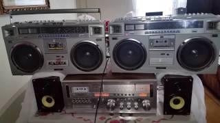 2 /JVC RC-M70JW CASSETTE RADIO BOOMBOX VINTAGE