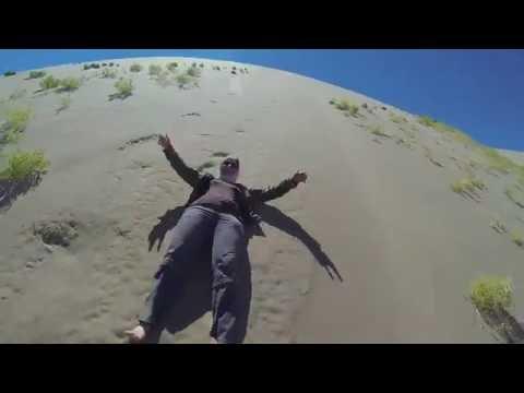 Running Down the Khongoryn Els Sand Dunes of Mongolia Gobi Desert