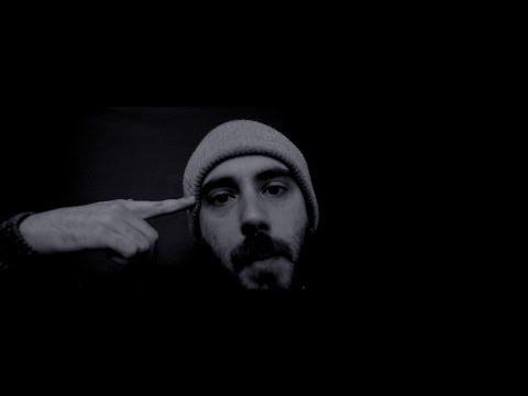 Youtube: Eau en poudre – Lucio Bukowski / Oster Lapwass – Extrait de l'album Oderunt Poetas