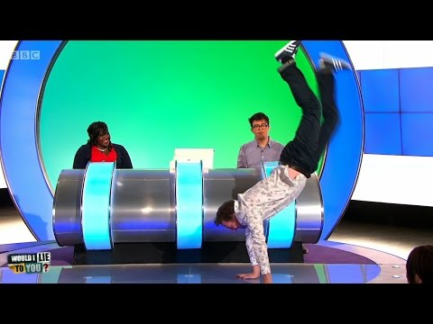 Can Lee Mack walk on his hands?  Would I Lie to You? HDCC  EN, ES