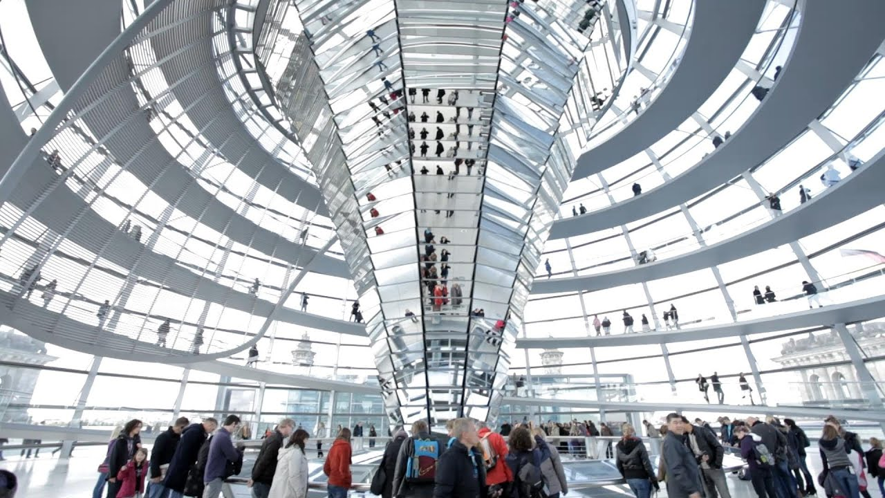 Reichstagskuppel - YouTube  Reichstagskuppe...