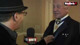 Buzz Aldrin interviewed by Johnny V at 2012 Oscar party Night of 100 Stars