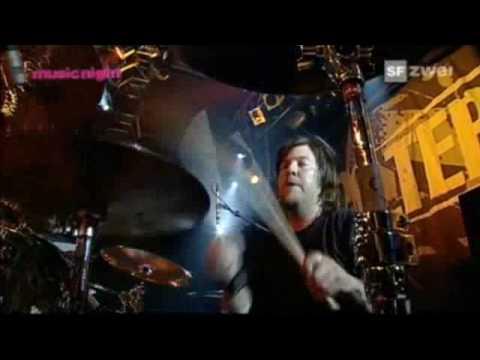 Alter Bridge: White Knuckles Live at Rock Sound Festival