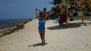 La verdad de las Playas / the reality of   del carmen  estan sucias