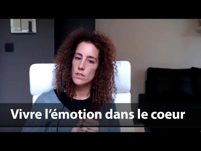 Vivre l'émotion dans le coeur / Caroline Blanco