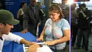 Enrique fan crying
