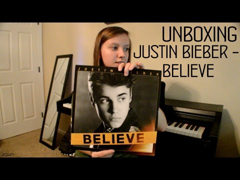 UNBOXING OF THE BELIEVE VINYL!