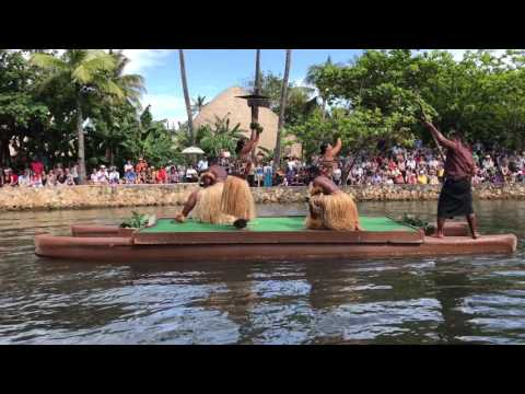 Polynesian Cultural Center Canoe pageant