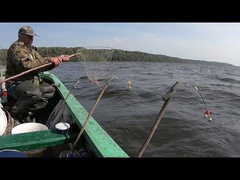 Рыбалка на Леща с лодки на Фарватере. Ловля Леща на Волге с глубины. Сезон 2018