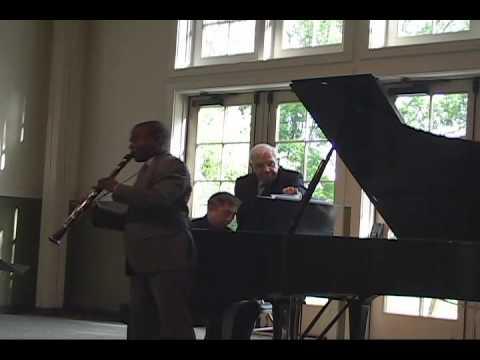 Poulenc Clarinet Sonata, 3rd Mvt (McGill/Shih)