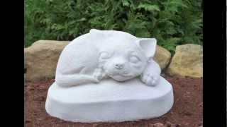 Chihuahua Garden Statue Which Safely Ships Worldwide!