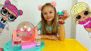 Polina hace las muñecas brillantes LOL