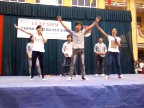 The lazy song-12A1 trường THPT Yên Dũng số 2 (09-12) yen dung 2