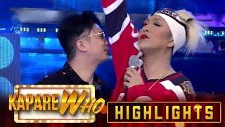 Vhong Navarro smells Vice Ganda's underarm | It's Showtime KapareWho