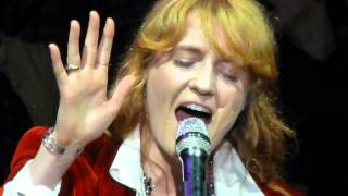 Florence and the Machine HEARTLINES Live Acoustic @ Bridge School Benefit Mountain View 10-25-14