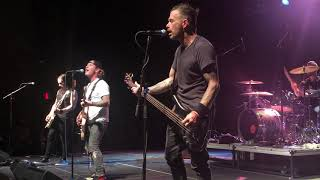 Corey Taylor performs Asia's Heat of The Moment Live in Green Bay