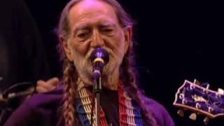 Willie Nelson - Still Is Still Movin