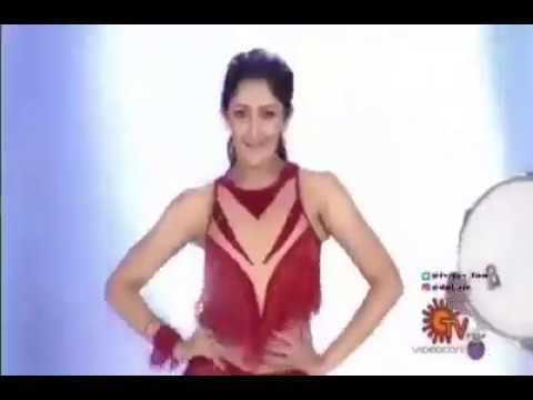 Sayyeshaa dance performance for aalappron Thamizhan song